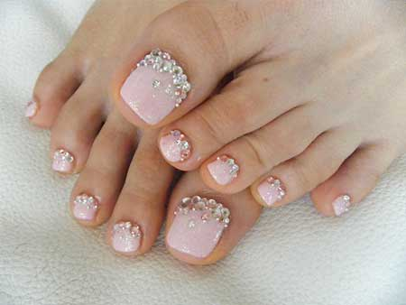 14- Diamond on Toes - 24 Pink Nail Designs With Diamonds