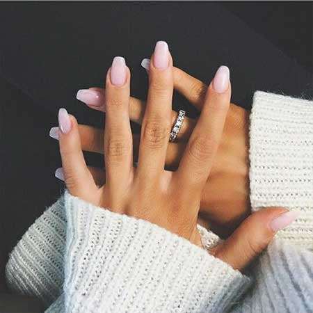 26 White Pink Long Nails