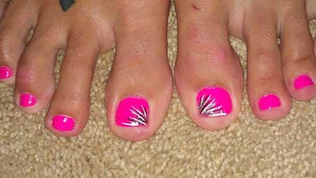 Simple Nail Designs for Toes