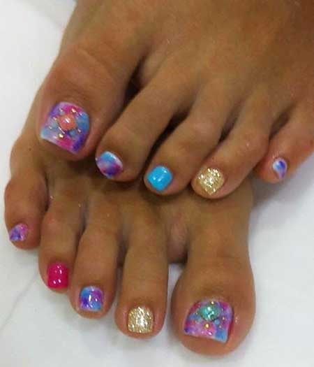 15 hottest toe nail designs for summer toe nail toe pedicures summer toes art pedi toes prinsesfo Gallery