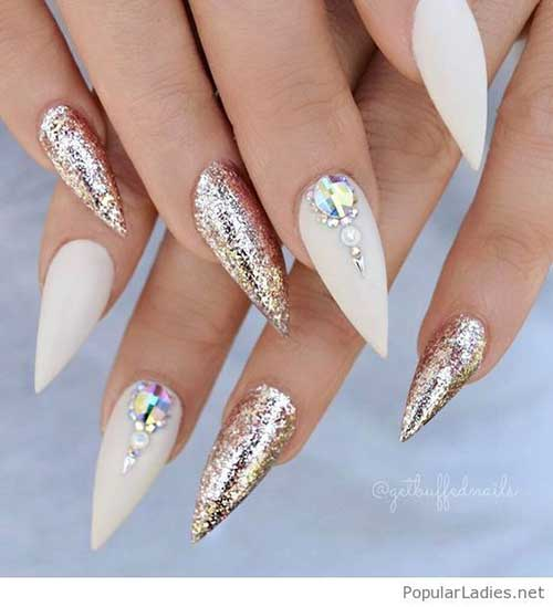 Stiletto Shape Nails Designs-11