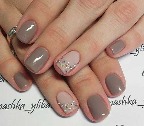 Short Nail Designs - Unique Medium And Short Nails For Stylish Ladies