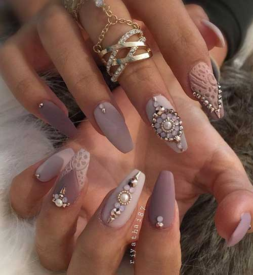 Nail Arts with Rhinestones