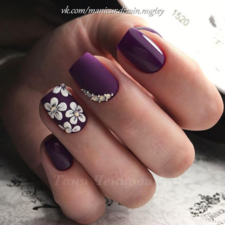 Nail Art Ideas With Rhinestones