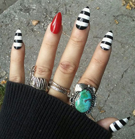 23 Black And White Nail Designs