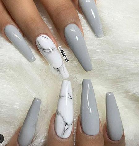 Nail Art Grey And White