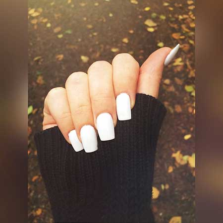 White Square Acrylic Nails