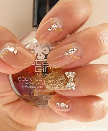 Gold Nails for Wedding