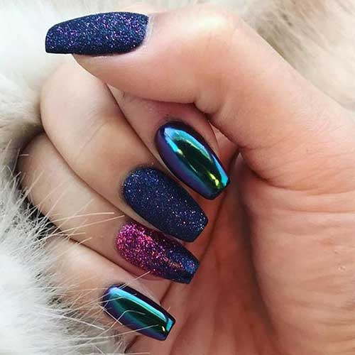 Best Glittered Nail Designs