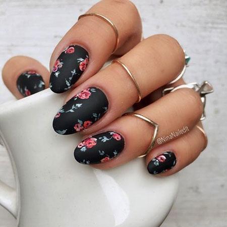Spring Manicure Disney Mouse