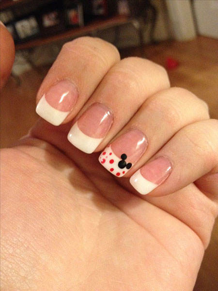 Kitty Disney Hello Manicure