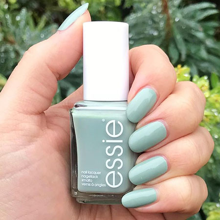 Green Nails Essie Polish