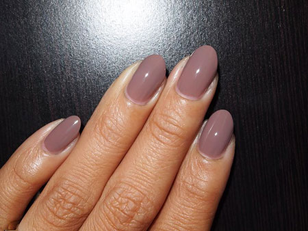 Oval Style Nail Art, Nails Nude Almond Manicure