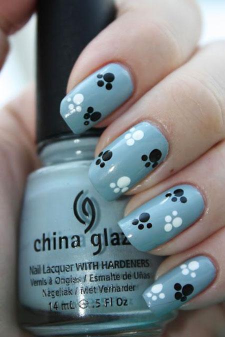 Nail Dots Dog Art