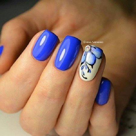 Nail Blue White Nails