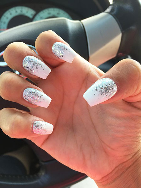 17,White,and,Silver,Glitter,Ombre,Nails,58 , Nail Art