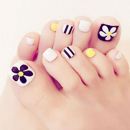 Floral Nail Idea for Toes, Nail Toe Art Fake