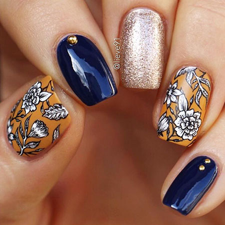Nail Fall Manicure Art