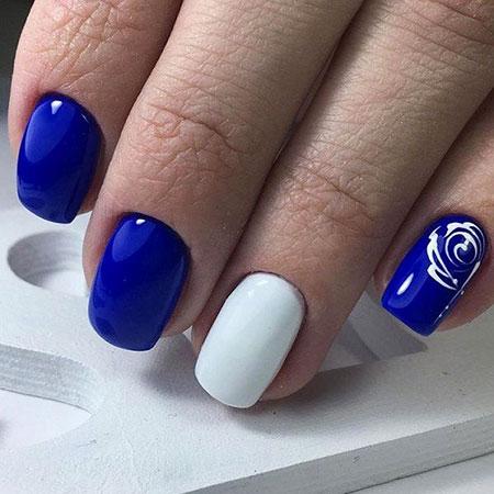 Nail Blue White Manicure