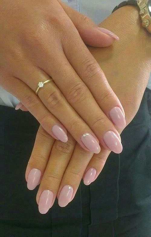 Short Acrylic Almond Nails