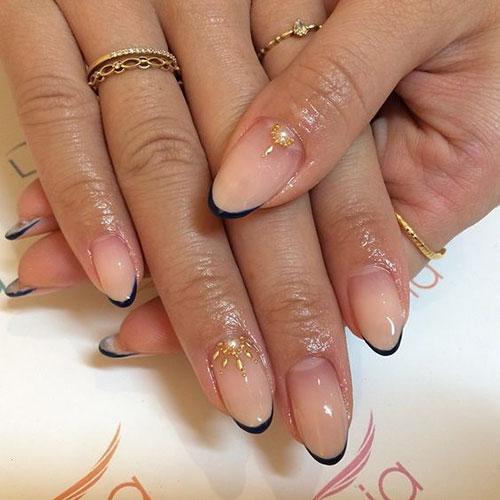 Pretty Point Nails