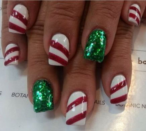 Candy Cane Striped Nails