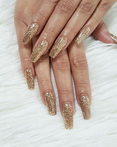 Gold Nails Acrylic