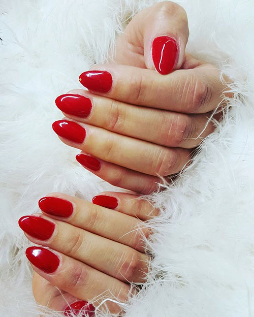 Red Nails Images